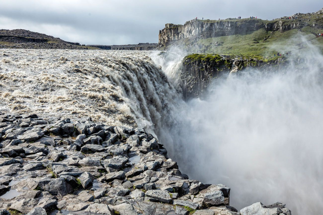 Dettifoss East or West Side