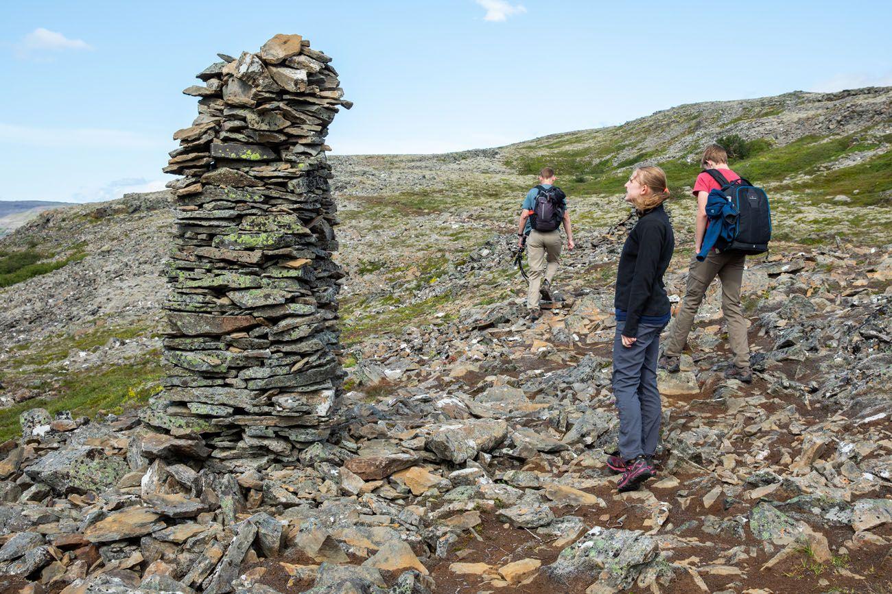 Iceland-Rock-Cairn.jpg.optimal ▷ Cascada de Glymur: la guía completa de senderismo