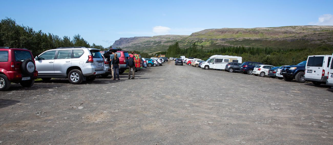 Parking-Lot-for-Glymur.jpg.optimal ▷ Cascada de Glymur: la guía completa de senderismo
