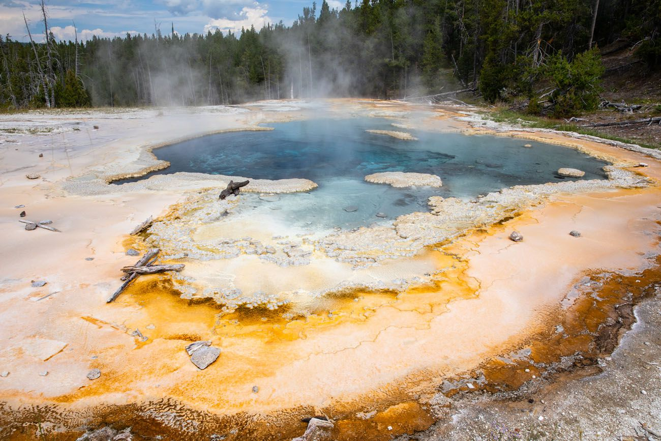 Solitary Geyser best things to do in Yellowstone
