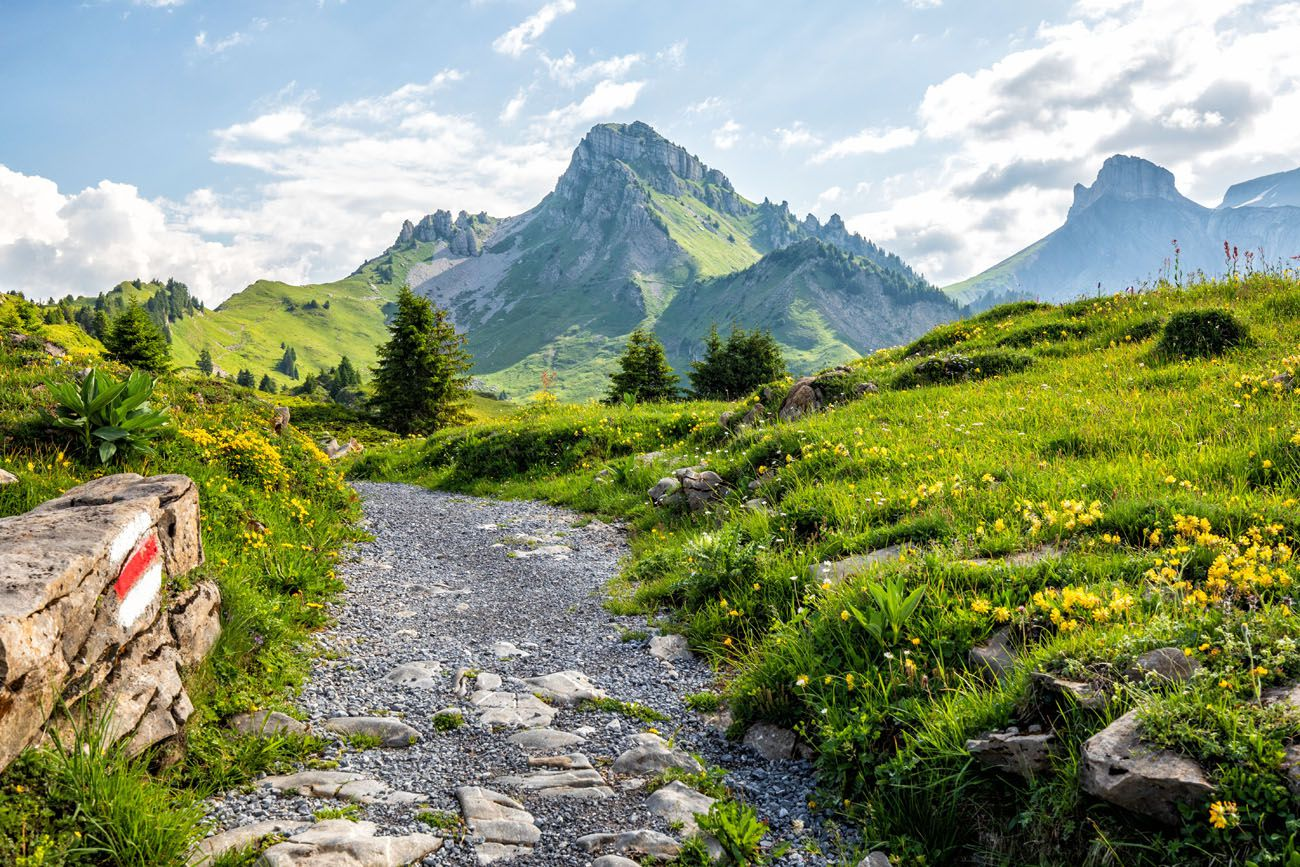 Best Day Hikes Switzerland