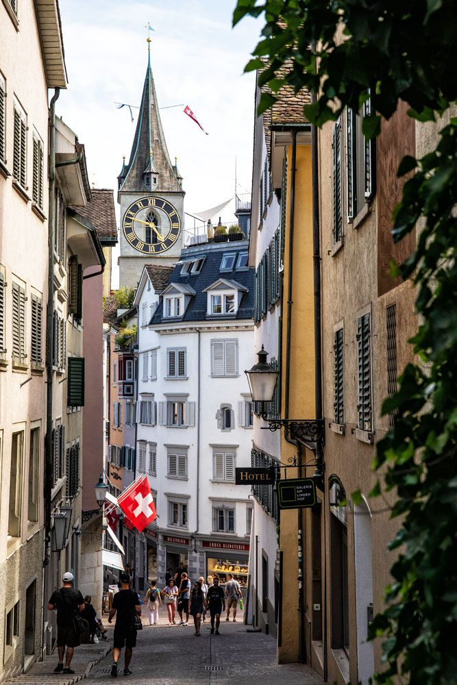 Zurich Walking Tour
