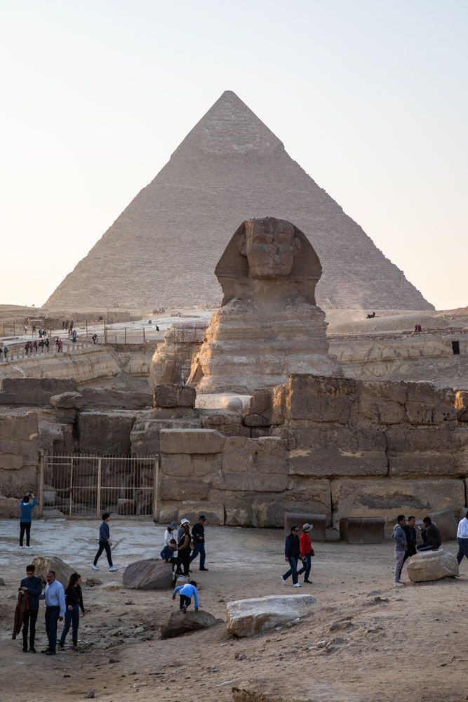 Sphinx best views of the pyramids of Giza
