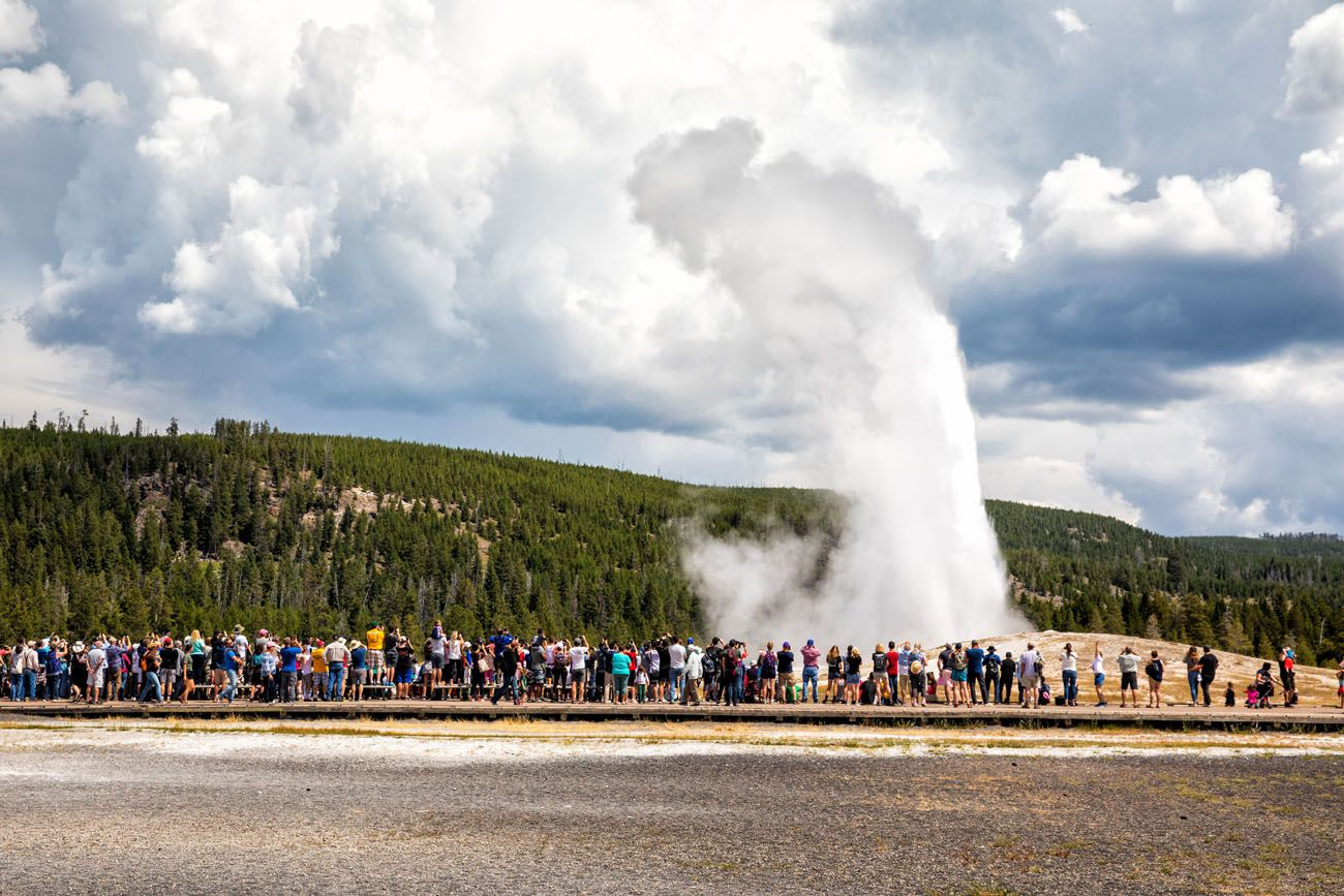 Old Faithful Yellowstone Itinerary