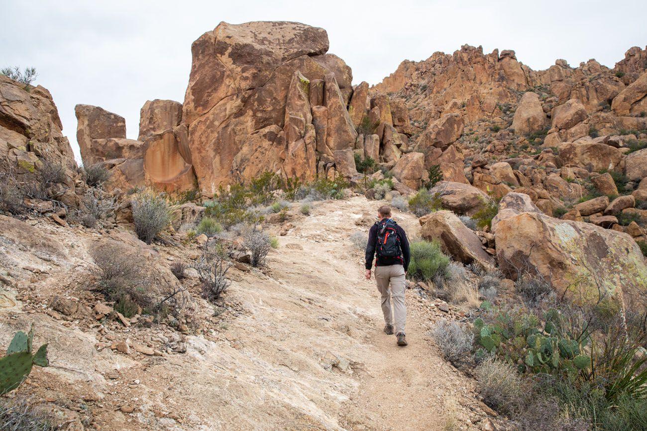 Hiking to Balanced Rock