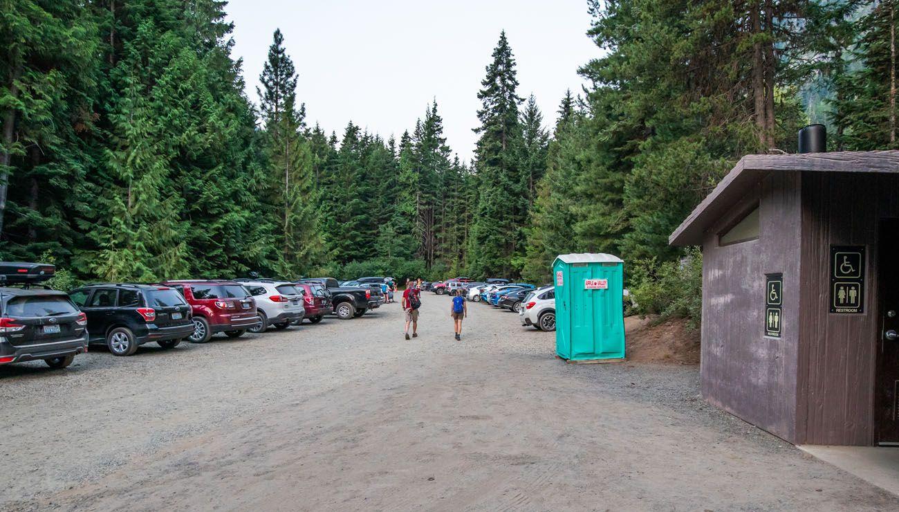 Colchuck Lake Parking Lot