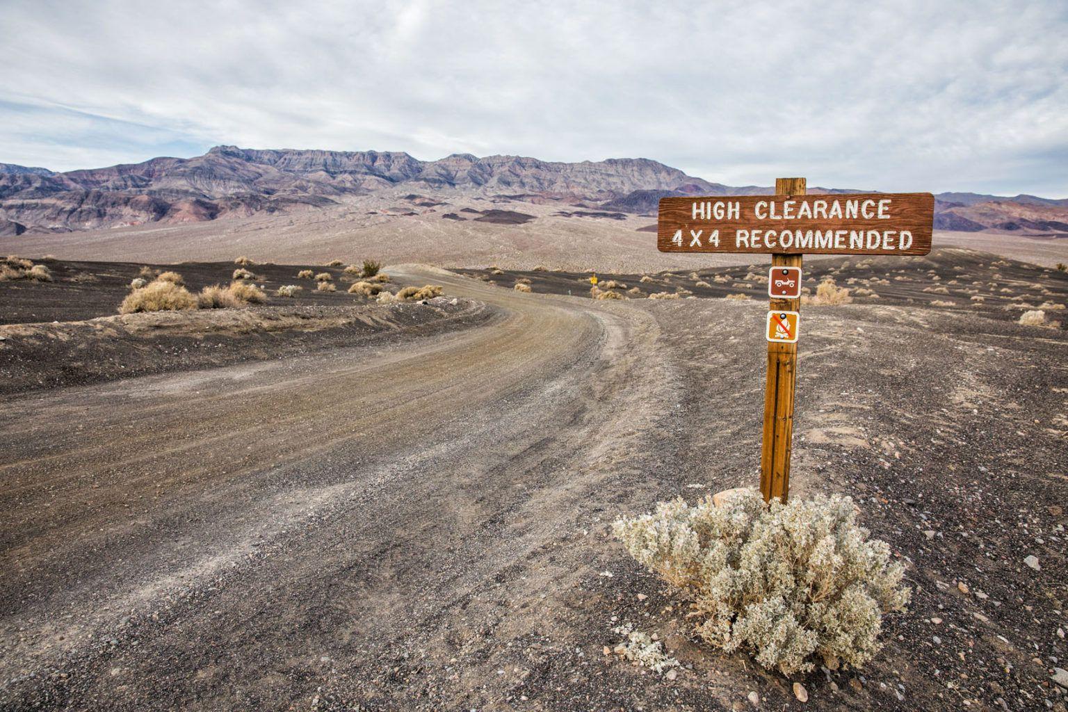 Road to Racetrack Playa