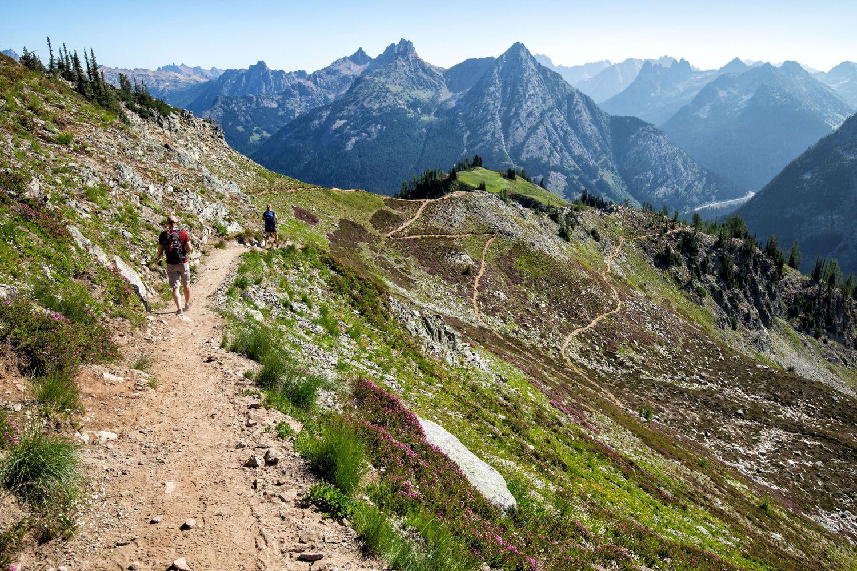 Maple Pass Hiking Trail