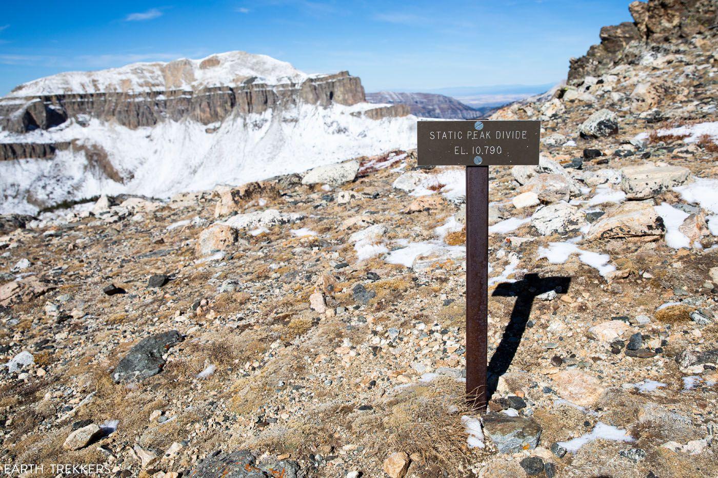 Static Peak Divide Sign