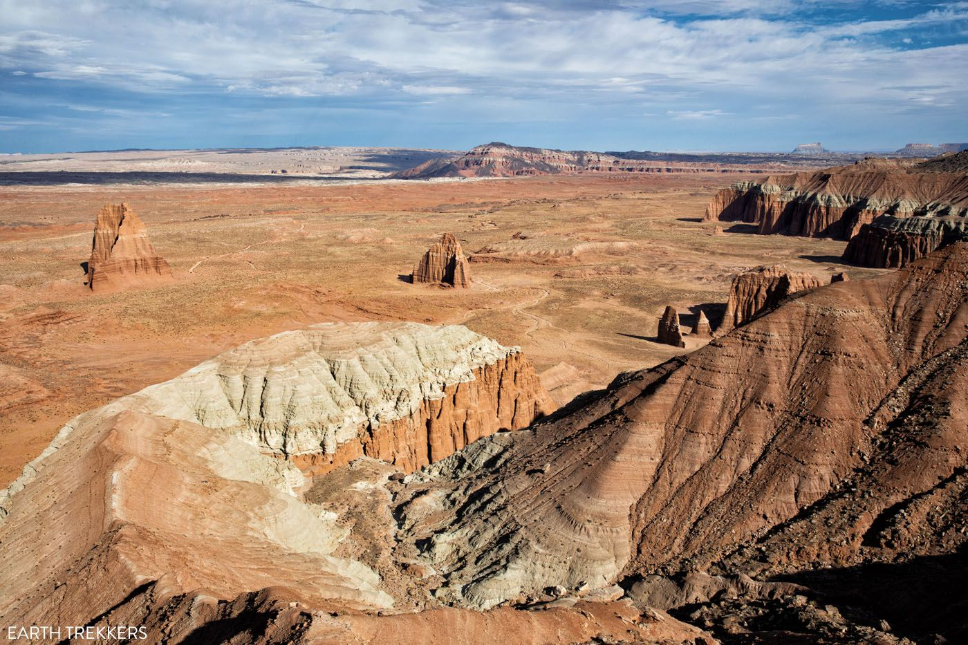 Cathedral Valley Overlook best hikes in Capitol Reef