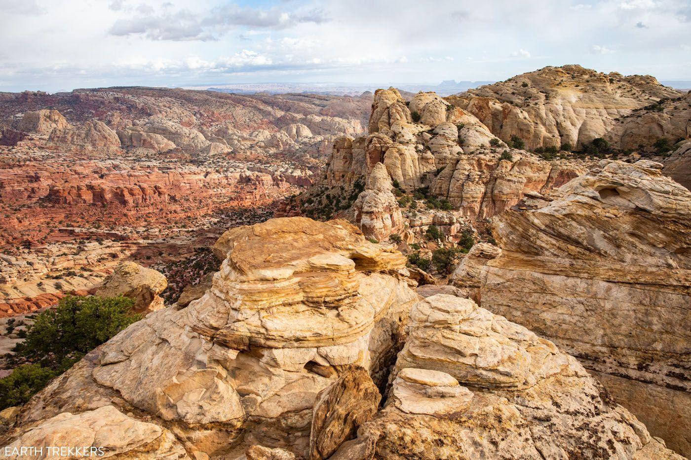 Navajo Knobs best hikes in Capitol Reef