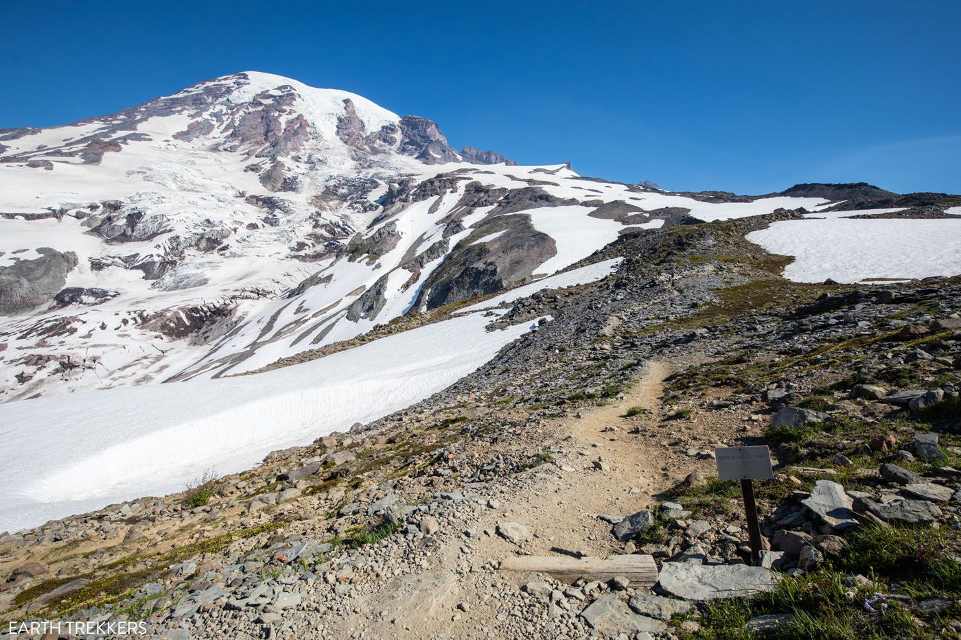 Trail to Camp Muir