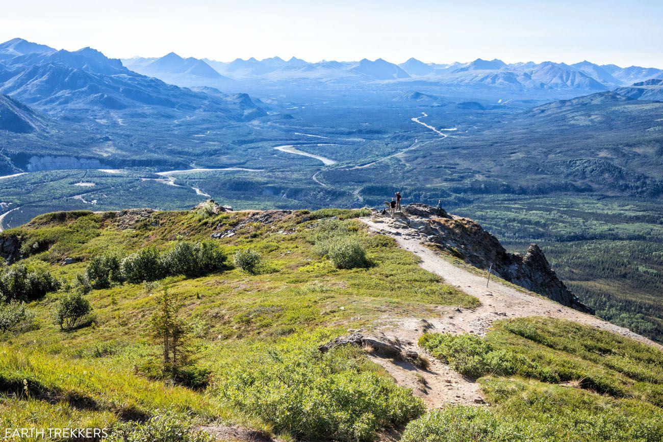 How to Hike Mount Healy Overlook