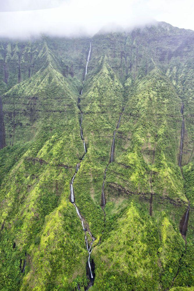 Mount Waialeale doors off helicopter tour of kauai