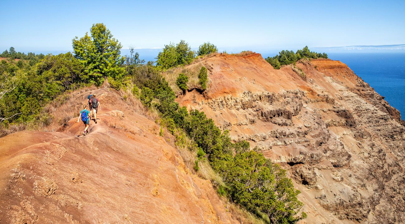 Nua'lolo Trail Hike