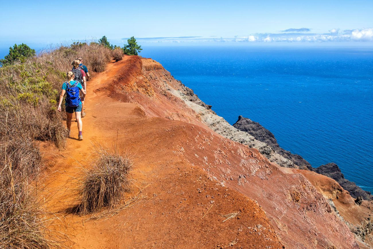 Nua'lolo Trail Photo